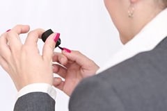 Mãos de uma mulher de negócio Foto de Stock