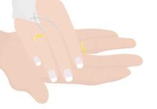 Mãos do noivo e da noiva Fotos de Stock Royalty Free