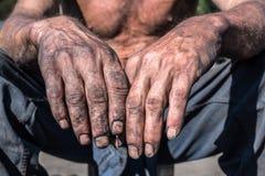 Mãos do trabalhador Fotografia de Stock