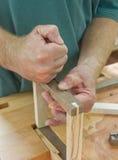 Mãos do Woodworker Fotos de Stock Royalty Free