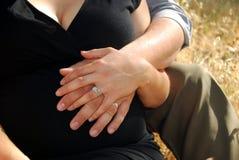 Mãos dos pares Fotografia de Stock Royalty Free