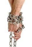 Mãos dos pares acorrentadas junto Imagens de Stock Royalty Free