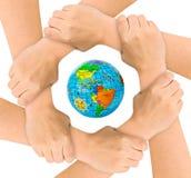 Mãos e globo imagem de stock royalty free