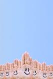 Mãos e sorriso Fotos de Stock