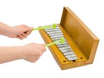 Mãos e xylophone Foto de Stock Royalty Free