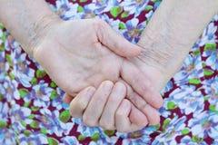 Mãos idosas Foto de Stock