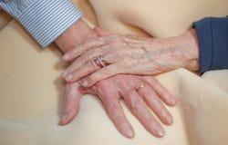 Mãos idosas Imagem de Stock