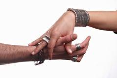 Mãos - intrecciate de Mani Fotografia de Stock Royalty Free