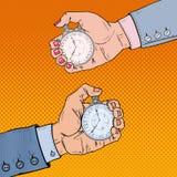 Mãos masculinas e fêmeas que guardam o cronômetro Gestão de tempo Ilustração retro do pop art Fotografia de Stock