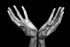 Mãos masculinas prateadas isoladas imagem de stock