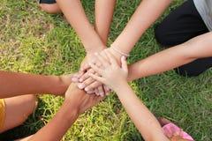Mãos multiculturais Fotografia de Stock Royalty Free