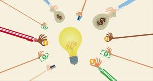Mãos que dão o dinheiro para o conceito do financiamento da multidão video estoque