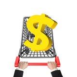Mãos que empurram o carrinho de compras com sinal de dólar 3D dourado Fotos de Stock Royalty Free