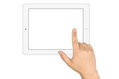Mãos que guardam o PC de trabalho da tabuleta da tela vazia imagem de stock