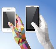 Mãos que guardam o telefone celular Fotos de Stock