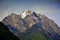 Mächtige Berge Stockbild