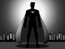 Mächtiger Superheld in der Stadt Lizenzfreie Stockfotografie