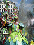 Mädchen auf carnaval Parade lizenzfreie stockfotografie