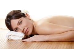 Mädchen auf einem Badekurort Lizenzfreies Stockbild