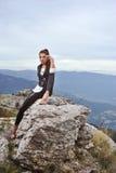 Mädchen auf einem Berg Lizenzfreies Stockfoto