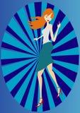 Mädchen auf einem blauen Hintergrund Stockbild