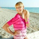 Mädchen auf Küste Stockfotos