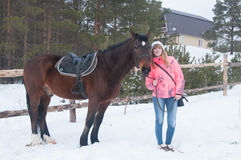 Mädchen auf Pferd Stockbild