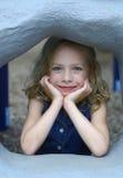Mädchen auf Spielplatz Lizenzfreie Stockfotografie