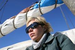Mädchen auf Yacht Stockfotos