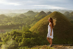 Mädchen bei Sonnenaufgang Lizenzfreies Stockfoto
