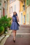Mädchen in Cannes, Frankreich stockfotografie