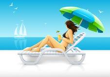 Mädchen, das auf dem Seestrand Plattformstuhl sich entspannt vektor abbildung