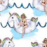Mädchen, das aufblasbares Einhorn auf Funkelnwellen und Aquarellanschläge reitet Stockbild