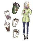 Mädchen, das einen Imbiß isst Nehmen Sie Kaffee weg Lizenzfreie Stockfotografie