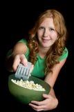 Mädchen, das Fernsieht Stockfotos