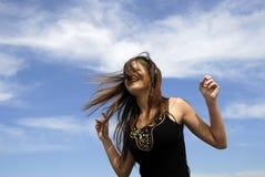 Mädchen, das Musik genießt Stockfotografie
