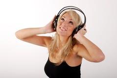 Mädchen, das Musik hört Lizenzfreies Stockbild