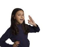 Mädchen, das o.k. darstellt Lizenzfreie Stockfotografie