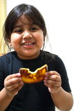 Mädchen, das Toast isst Stockfotos