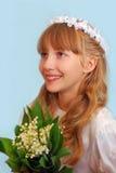 Mädchen, das zur ersten heiligen Kommunion geht Lizenzfreie Stockfotografie