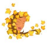 Mädchen in den Herbstblättern Stockbilder