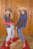 Mädchen in den runny Haltungen des Stalles Stockfotos