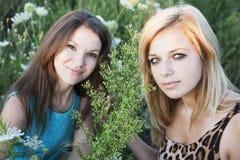 Mädchen in der Blume Lizenzfreies Stockfoto