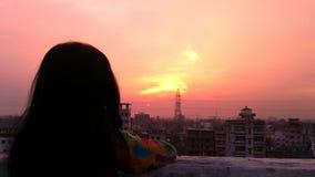 Mädchen in der Dachspitze Lizenzfreies Stockbild