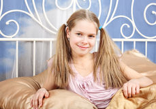 Mädchen der glücklichen 10 Jahre Lizenzfreie Stockbilder