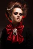 Mädchen in der gotischen Kunstart mit kreativem Make-up Bild für Halloween Stockbilder