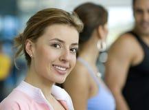 Mädchen an der Gymnastik Lizenzfreies Stockbild