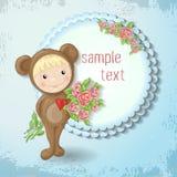 Mädchen in der Klage eines Teddybären mit einer Rose Stockfotos