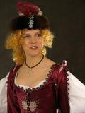 Mädchen in der polnischen Kleidung von Jahrhundert 17 Stockbild