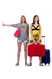 Mädchen in der Sommerkleidung mit den Taschen lokalisiert auf Stockbilder